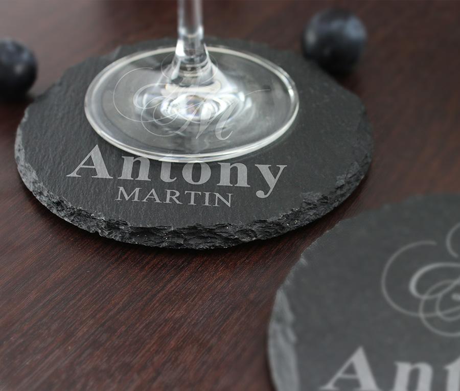 cadeau personnalis sous verre grav en ardoise pour vin. Black Bedroom Furniture Sets. Home Design Ideas
